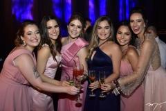 Carolina Azin, Sara e Paula Linhares, Nicole Nunes, Mariana Gadelha e Talita Ximenes