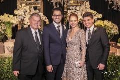 Carlos, Cadeh, Claudiane e Carlos Henrique Juaçaba