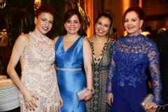 Michele, Isabelle e Cláudia Borges e Edinice Cruz