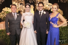 Roberto Teixeira, Roberta Furtado e Cadeh Juaçaba, com Flávia Castro