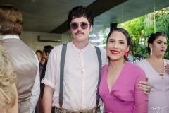 João Cabrals e Aline Benígno