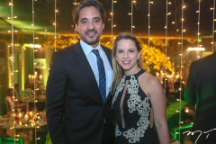 Rodrigo Porto e Renata Targino