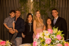 Dante, Delano, Mirela, Melina, Fernanda e Gustavo Arruda