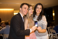 Gustavo e Fernanda Arruda, com Amanda Timbó