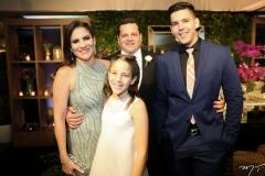 Luciana, Augusto, Clara e Pedro Borges