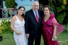 Adriana Bezerra, Danisio e Regina Correia