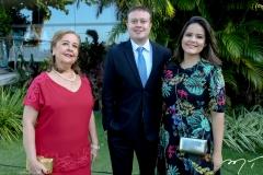 Zeneida Nobrega, Vitor Ximenes e Jaqueline Nobrega