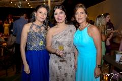 Patricia Quinderé, Adriana Castelo Branco e Carine Magalhães