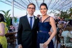 Renato Quinderé e Daniela Crispim