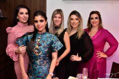 Luana Pontes, Gabriela Brandão. Dayane Frota, Mariana Fazanaro e Karina Adeodato