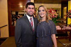 Mauro Neto e Keliane Benevides