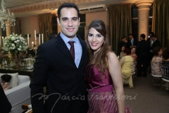 Lucas Castelo e Pamela Arruda