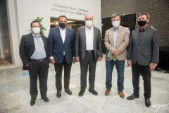Igor Queiroz Barroso, Patriolino Dias. Fernando Cirino,  Luiz Roberto e Maurício Flilizola.