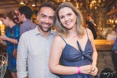 Pádua Costa e Alexia Fontes