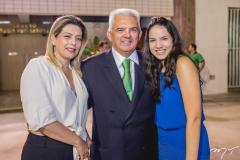 Jacqueline, Tales e Hildete de Sá Cavalcante