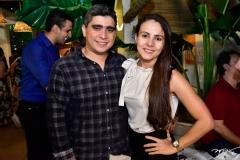 Livio Linhares e Aline Almeida