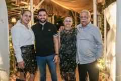 Lucielda Bezerra, Thiago Simões, Lucia e Helder Bezerra