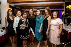 Raquel Machado, Ana Muniz, Tane Albuquerque, Márcia Travessoni, Águeda Muniz, Suzane Farias e Maria Vidal