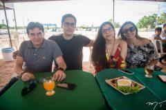 Roberto, Rafael, Sarah e Júlia Bezerra