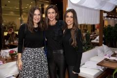 Keka Leme dos Santos, Yanina Monteiro e Andrea Beltran