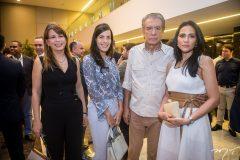 Aline, Heloísa, Everardo e Tatiana Telles