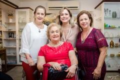 Tida Leal, Beatriz, Sara e Júlia Philomeno (1)