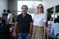 Júnior Neves e Juliana Marques