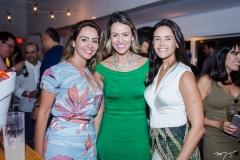 Camila Aguiar.,Larissa Barros de OLiveira e Mel Mazagão