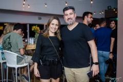 Debora Ferreira e Tiago Rousseau