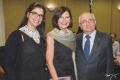 Carina Frota, Maria Koenning e Eduardo Bezerra
