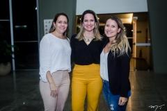 Raquel Vasconcelos, Juliana Guimarães e Beatriz Petelinkar