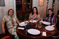 Cidneuma Silva, Marjorie Mota e Tereza Lucia