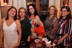 Fatima Alencar, Silvana Fonteles, Marjorie Mota, Margareth Amaral e Tereza Lucia