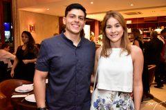 Victor Ary e Carol Freire