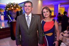 General Guilherme e Silvana Theofilo
