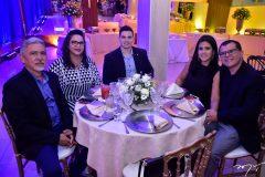 Jose, Salome e Jocelino Vitoriano, Bruna e Mario Mesquita