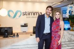 Tiago Alcântara e Talita Bessa