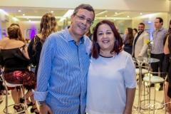 Wladimir Gomes e Regiane Batista