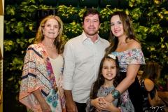 Ania Ribeiro, Igor Ribeiro, Mariana Vieira e Sophia  Vieira