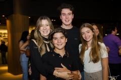 Lara, Alvaro, Eugenio Fugita e Sarah Bringel (2)