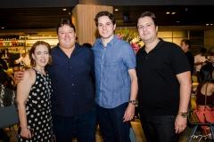 Rachel Mendonça, Rodrigo Moreira, Beijamim Oliveira e Ciro Moreira