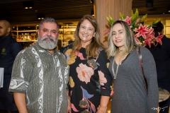 Valdemir Correia, Safira Moreira e Patrícia Afra