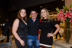 Vitoria, Carlos e Andrea Facundo