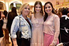 Estael Santiago, Giovanna Grip e Patricia Lobo