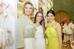 Suzana Fiuza, Lara e Lia Linhares