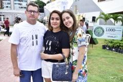Alexandre Modesto, Aline e Lívia Oliveira