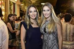 Leticia e Jessica Carneiro