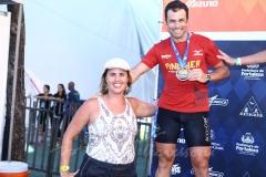 Felipe Daniel e Lara Aeres
