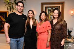 Gabriel Dias Branco, Gabriela da Escóssia, Regina Dias Branco e Letícia Teixeira
