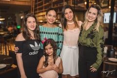 Gabriela Machado, Marina Scafuri, Elize Nunes, Natália Maciel e Iana Maia
